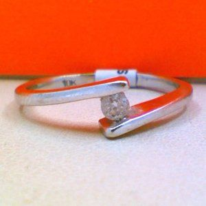 10K White Gold Solitaire Diamond Ring .05CT